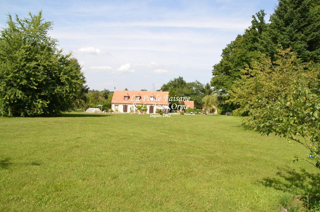 Maison a vendre rambouillet 78120 la poule faisane for Rambouillet piscine