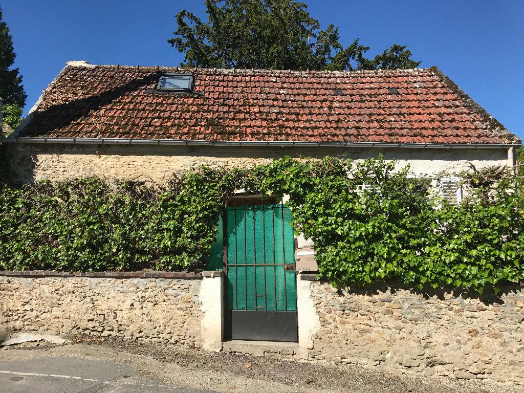 PROCHE MONTFORT L'AMAURY  Maison ancienne