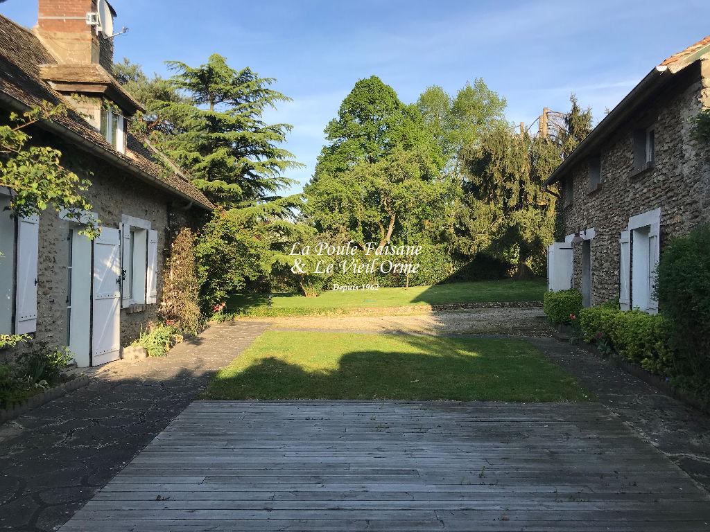Maison ancienne proche Montfort l'Amaury