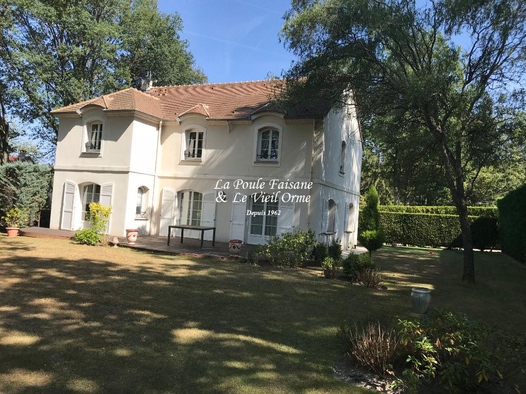 Maison contemporaine 10 minutes de Rambouillet
