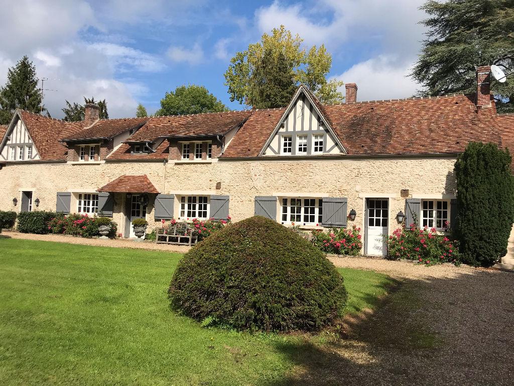 Propriété ancienne région Montfort L'Amaury
