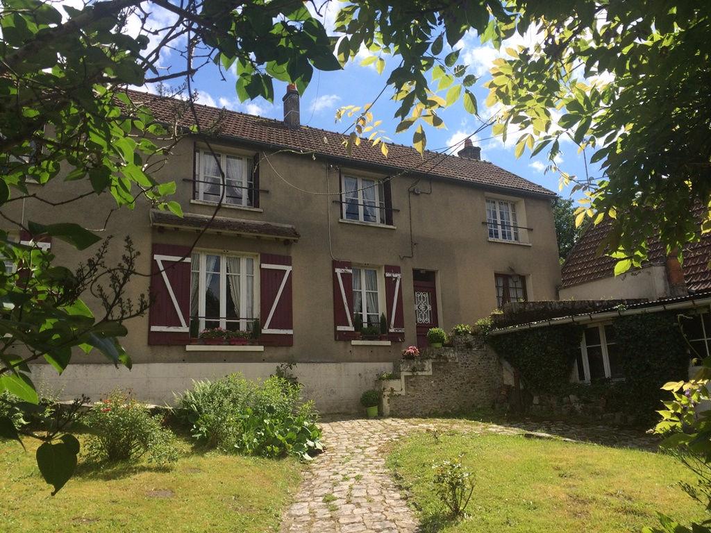 Maison ancienne de village proche Montfort l'Amaury