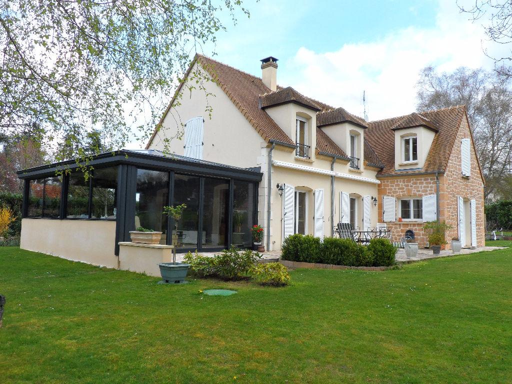GAMBAIS - Maison contemporaine