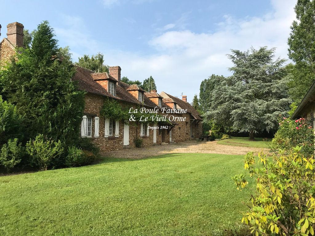 Maison ancienne de caractère région GAMBAIS