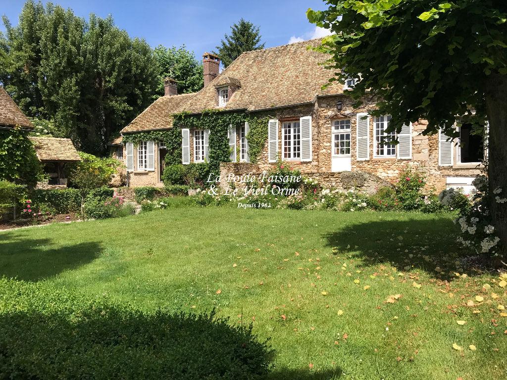 Entre Montfort L'Amaury et  Septeuil