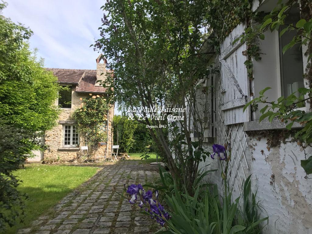Maison ancienne de village proche SAINT LEGER EN YVELINES
